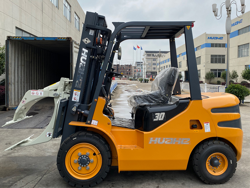 3Ton Diesel Forklift with Paper Roll Clamp